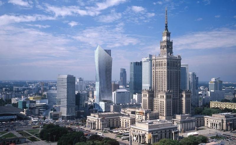 Две столицы Польши
