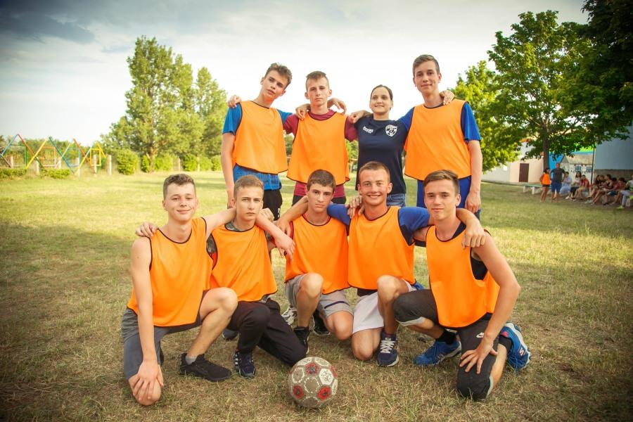 Бригантина лагерь футбол