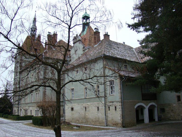Замок графов шенборн
