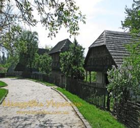 Замок графа Шенборна Замок Чинадиево