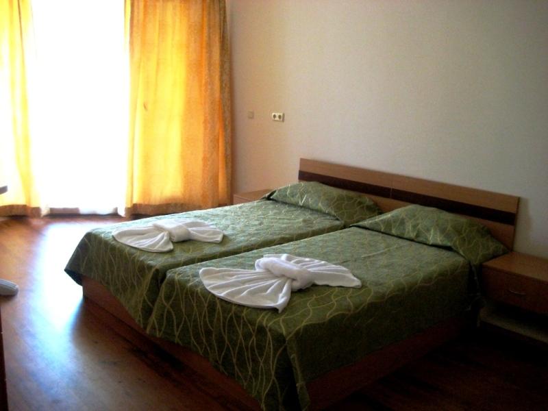 Апартамент с одной спальней Мидия