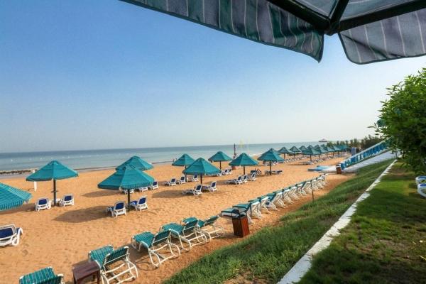 отель Bin Majid beach****  пляж