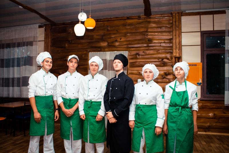 повара в лагере Скадовск