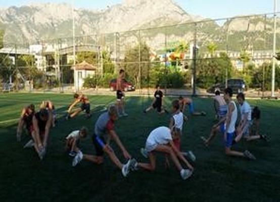спорт в лагере Колибри