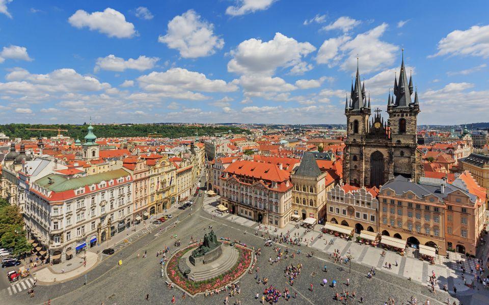 Яркие созвездия Кракова и Праги